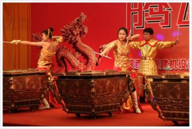 陕西山重建机设备有限公司《腾飞2012》春季试乘试驾会